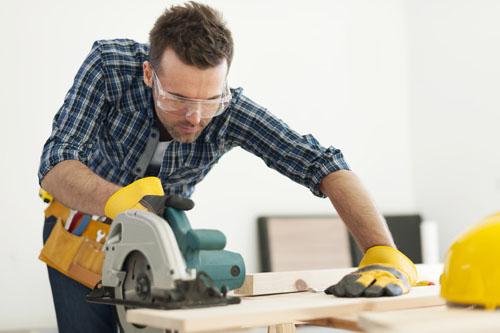 Carpenter Roles Of A Construction Site Installer